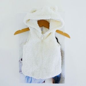❤️ Gymboree unisex shearling fleece vest with hood